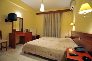 Double room, Hotel Kalloni, Volos, hotels, rooms, accommodation, vacations, pool, Nees Pagases, Alykes
